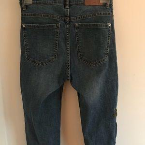 Zara Pants - Zara embroidered jeans